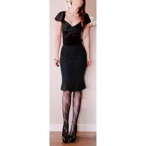 D&G Black Bodycon Flounce Hem Pencil Skirt SZ 40 4